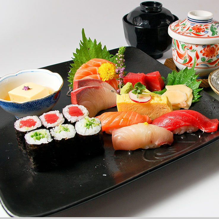 Sashimi and Sushi Set